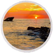 Fishing At Sunset Round Beach Towel