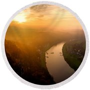 Foggy Sunrise At The Elbe Round Beach Towel