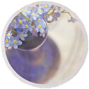 Forget Me Nots In Blue Vase Round Beach Towel