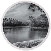 Fork In River Bw Round Beach Towel