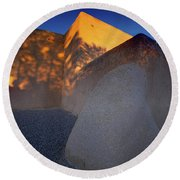Form And Shadow--san Francisco De Asis - Color Round Beach Towel by Gary Holmes