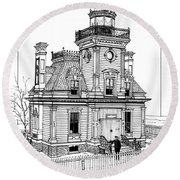 Fort Tompkins Lighthouse Round Beach Towel