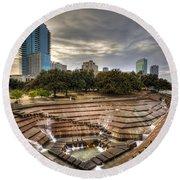 Fort Worth Water Garden Round Beach Towel