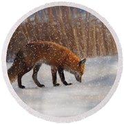 Fox In The Snow Round Beach Towel