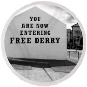 Free Derry Corner 9 Round Beach Towel