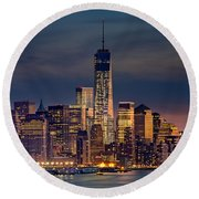 Freedom Tower Construction End Of 2013 Round Beach Towel