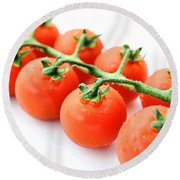 Fresh Tomatoes Round Beach Towel
