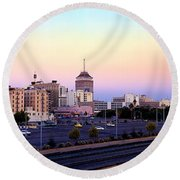Fresno Skyline Into The Evening Round Beach Towel