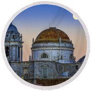 Full Moon Rising Over The Cathedral Cadiz Spain Round Beach Towel