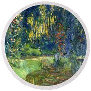 Garden Of Giverny Round Beach Towel