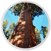 General Sherman Tree, Sequoia National Park, California Round Beach Towel
