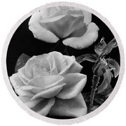 'george Arends' Roses Round Beach Towel