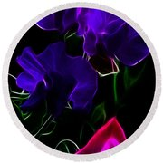 Glowing Sweet Peas Round Beach Towel