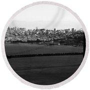 Golden Gate Bridge In Black And White Round Beach Towel