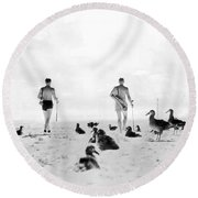 Golf With Gooney Birds Round Beach Towel