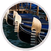Gondolas At Night Round Beach Towel