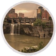 Good Morning Rochester Round Beach Towel