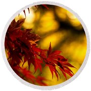 Graceful Leaves Round Beach Towel