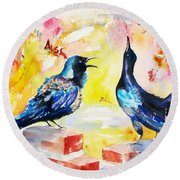 Grackles And Graffiti  Round Beach Towel