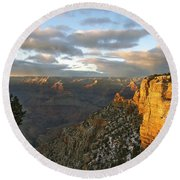 Grand Canyon. Winter Sunset Round Beach Towel