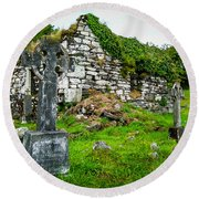 Graveyard And Church Ruins On Ireland's Mizen Peninsula Round Beach Towel