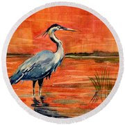 Great Blue Heron In Marsh Round Beach Towel by Melly Terpening