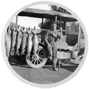 Great Day Of Salmon Fishing Round Beach Towel