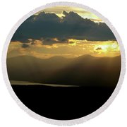 Round Beach Towel featuring the photograph Great Divide Light by Jeremy Rhoades