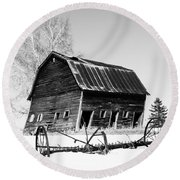 Great Grandfather's Barn Round Beach Towel