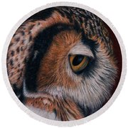 Great Horned Owl Portrait Round Beach Towel by Pat Erickson