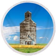 Great Plains Sentinel Round Beach Towel