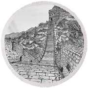 Greatest Wall Ever Black And White Round Beach Towel