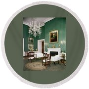 Green Room In The White House Round Beach Towel