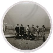 The Wright Brothers Group Portrait In Front Of Glider At Kill Devil Hill Round Beach Towel