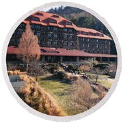 Grove Park Inn In Early Winter Round Beach Towel