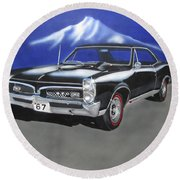 Round Beach Towel featuring the painting Gto 1967 by Thomas J Herring