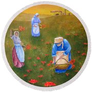 Harvesting Poppies In Tuscany Round Beach Towel