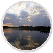 Heading Home On Lake Roosevelt In Outing Minnesota Round Beach Towel