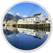 Henningsvaer Harbour Round Beach Towel
