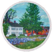 Henry Warren House And Barn Round Beach Towel