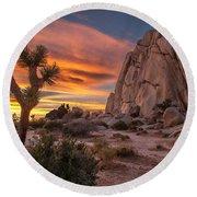 Hidden Valley Rock - Joshua Tree Round Beach Towel