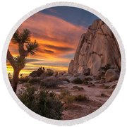 Hidden Valley Rock - Joshua Tree Round Beach Towel