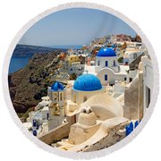 High Angle View Of A Church, Oia Round Beach Towel