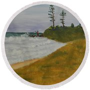 High Tide  Round Beach Towel