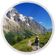 hiking in Ferret Valley Round Beach Towel