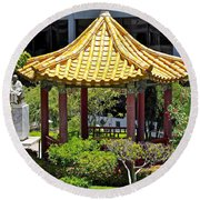 Honolulu Airport Chinese Cultural Garden Round Beach Towel