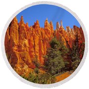 Hoodoos Along The Trail Round Beach Towel