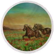 Horses In The Field With Poppies Round Beach Towel
