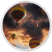 Round Beach Towel featuring the photograph Hot Air Balloons - Chasing The Horizon by Glenn McCarthy