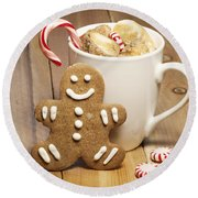 Hot Chocolate Toasted Marshmallows And A Gingerbread Cookie Round Beach Towel